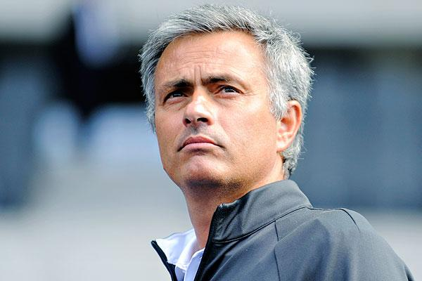 a portrait José Mourinho
